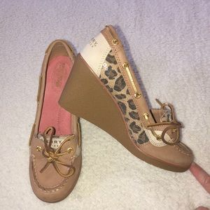 Sperry wedge shoes